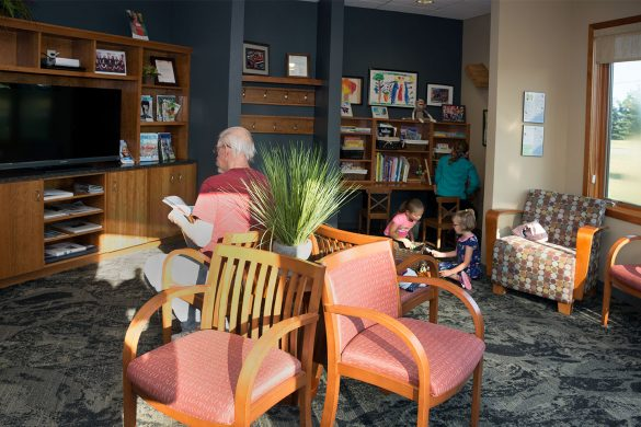 A comfortable waiting area puts Grand Dental Center patients at ease.